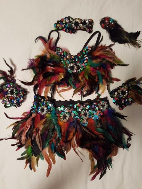 Feather 2 Piece